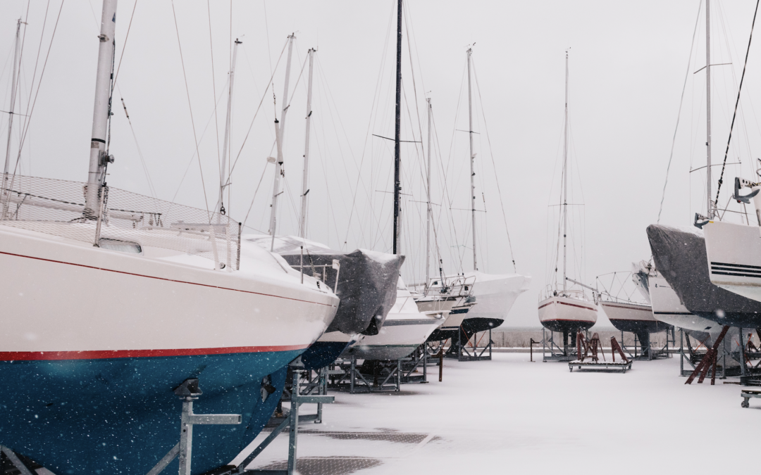 Ahoy, cold weather ahead! Winterize your boat with these 5 Steps